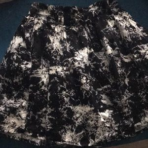 Hm dived cute skirt